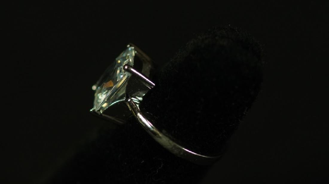 (114) FLAWLESS 3.0 Ct. WHITE SAPPHIRE ESTATE RING - 2
