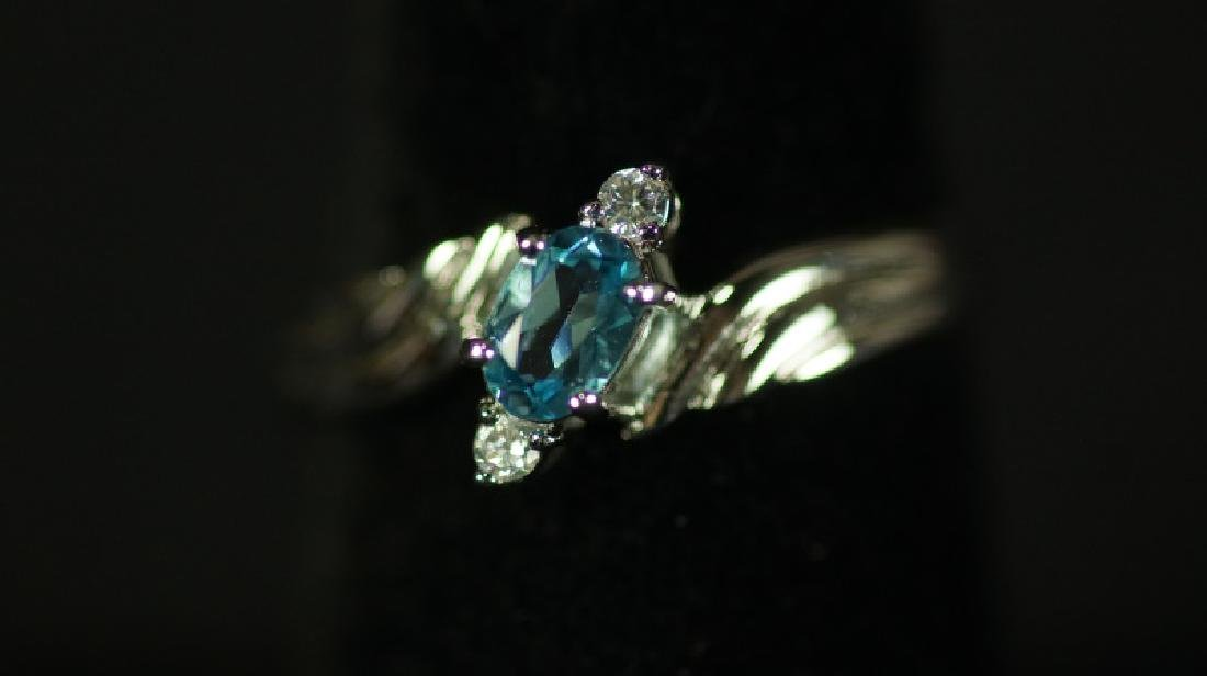 (137) BLUE TOPAZ ESTATE RING