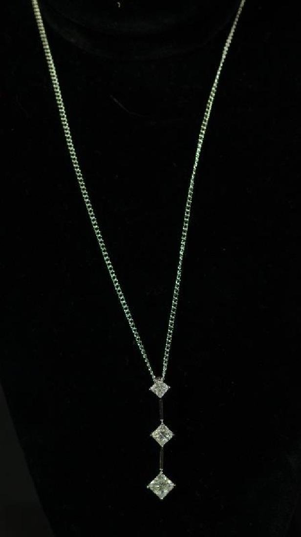 (146) 3.25 Ct. WHITE SAPPHIRE NECKLACE