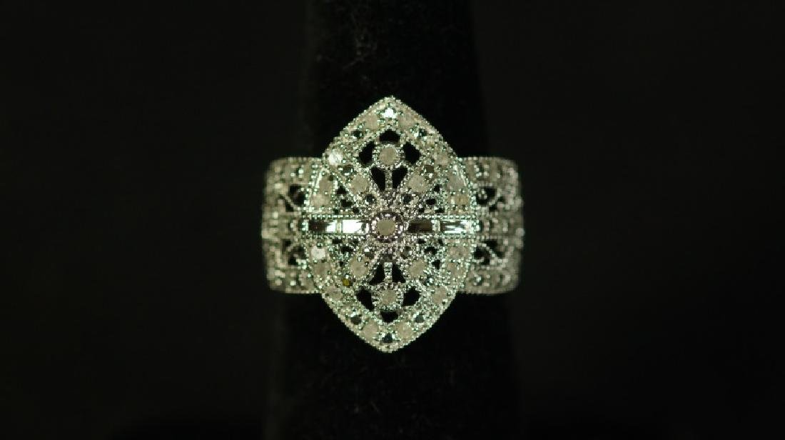 (176) LARGE DIAMOND ESTATE RING