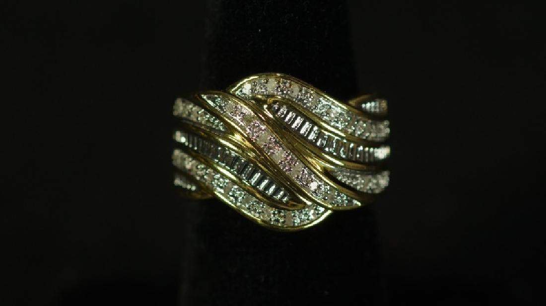 (183) 1 Ct. DIAMOND DINNER RING