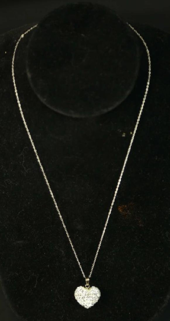 (189) WHITE SAPPHIRE HEART NECKLACE