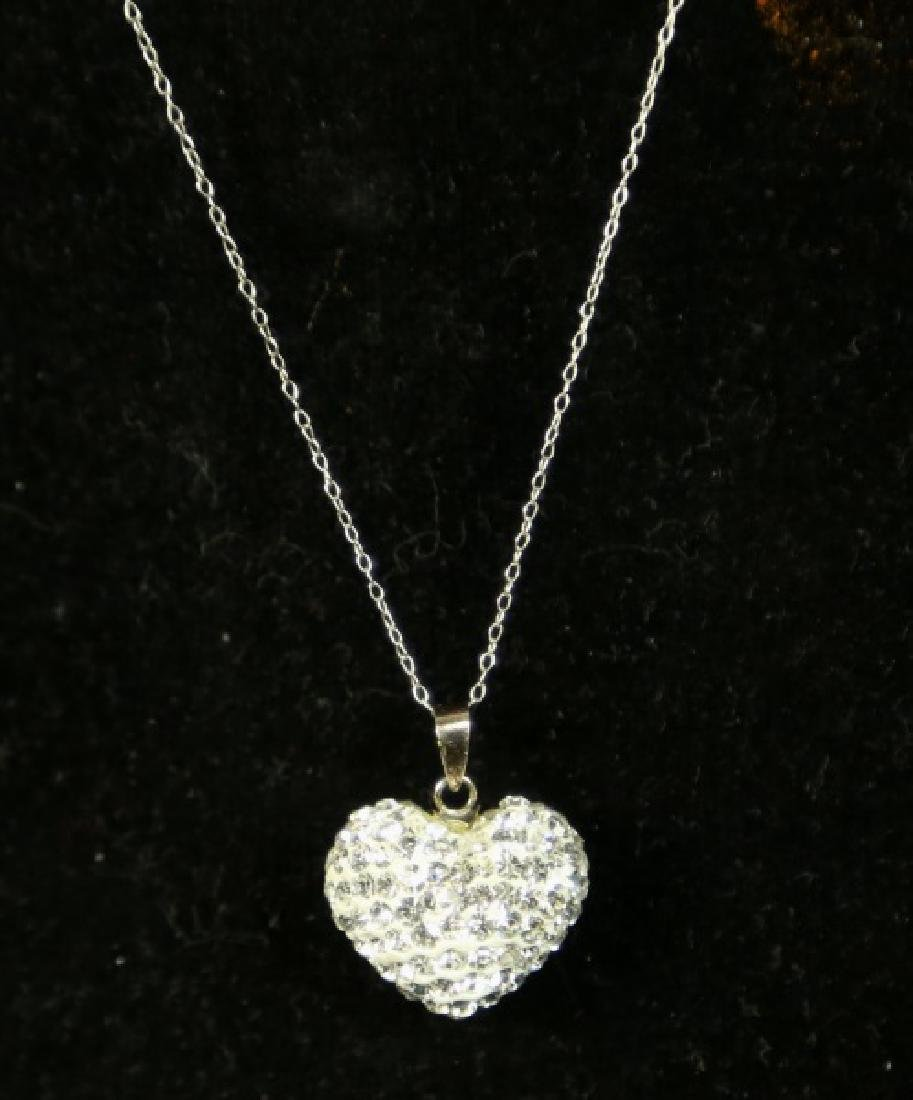 (189) WHITE SAPPHIRE HEART NECKLACE - 2