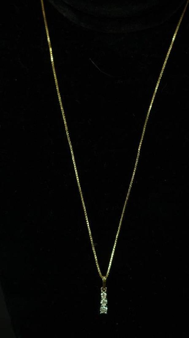 (15B) 14 Kt. YELLOW GOLD DIAMOND ESTATE NECKLACE