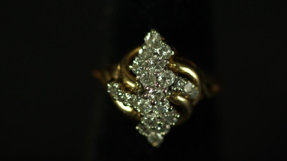 (15C) 14 Kt. YELLOW GOLD DIAMOND ESTATE RING