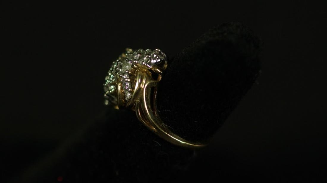 (15C) 14 Kt. YELLOW GOLD DIAMOND ESTATE RING - 2