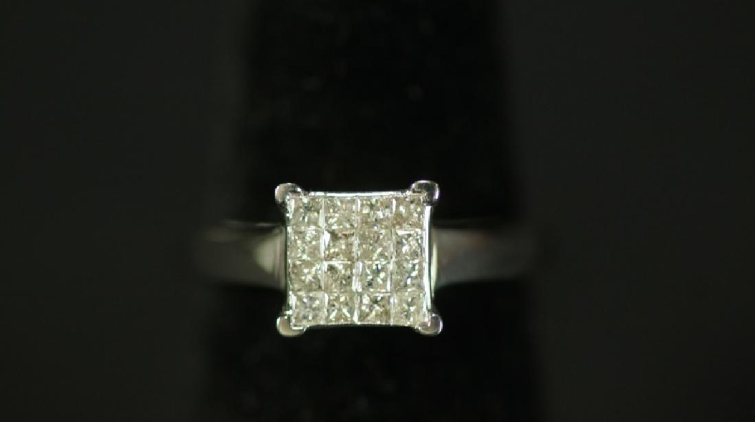 (30D) INVISIBLE SET PRINCESS CUT DIAMOND RING
