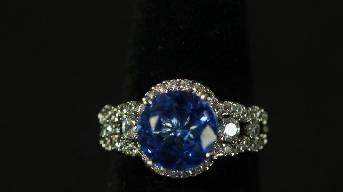 (55B) ROUND CUT TANZANITE DINNER RING