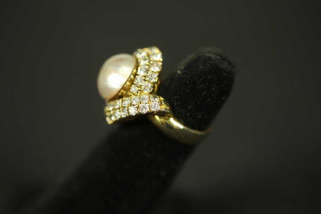 LARGE GOLD PEARL RING WITH DIAMONDS - 2