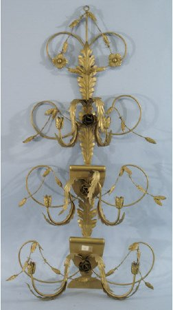 1005: Single metal candelabra with 6 holders