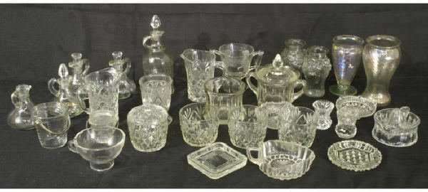 1215: Box lot of assorted small cut glass dishes
