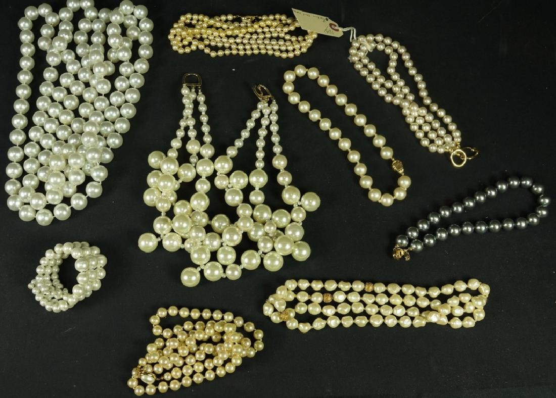 MIXED LOT OF NINE CAROLEE COSTUME PEARL NECKLACES