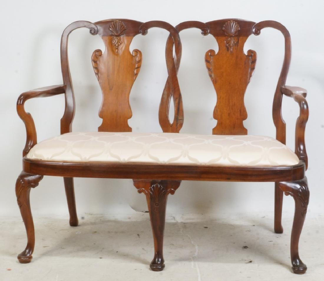 QUEEN ANNE STYLE MAHOGANY SETTEE