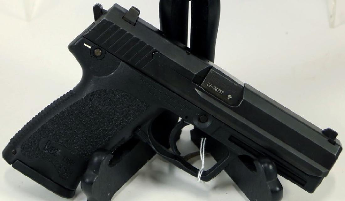 HK USP .40 S&W PISTOL - 2