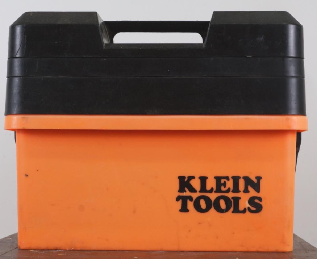 TOOL BOX  WITH TOOLS LOT