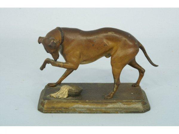 1002: Late 19th century dog