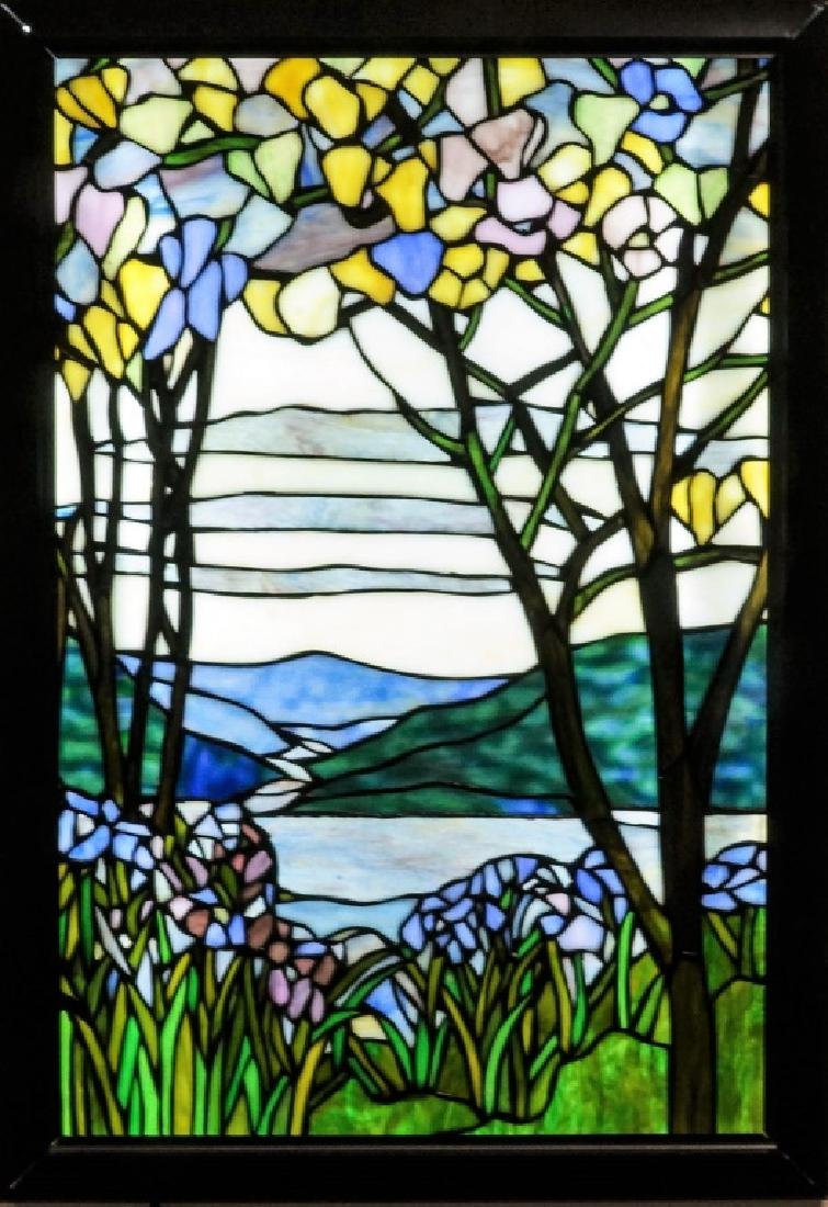 DELL TIFFANY LEADED GLASS HANGING LIT WINDOW