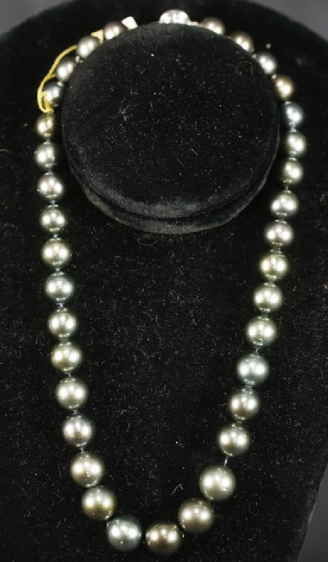 GRADUATED STRAND BLACK TAHITIAN PEARL NECKLACE