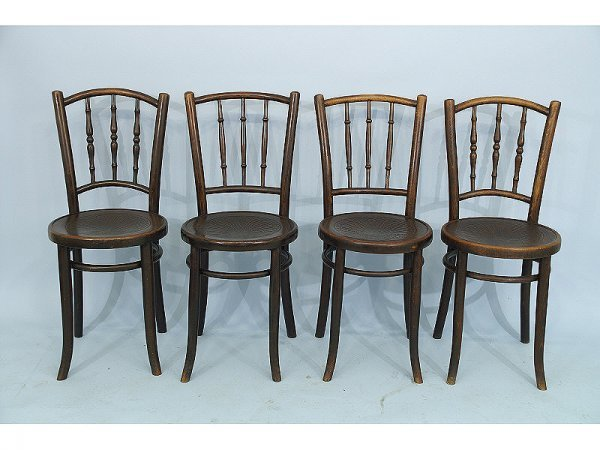 1: Set of 4 bentwood chairs with pressed seats