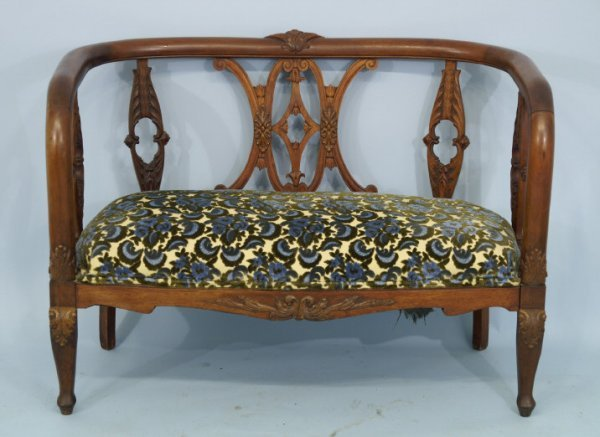 """47: Antique American empire settee. Size: 44"""" x 32"""" x"""