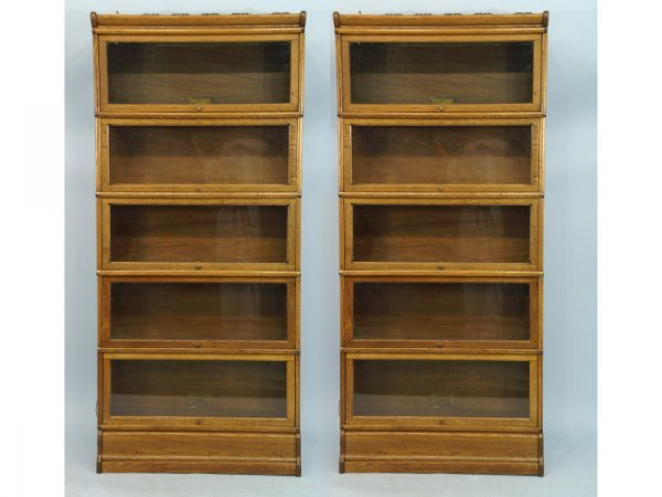 115: Pair of vintage lawyers' bookcases with 5 shelves.