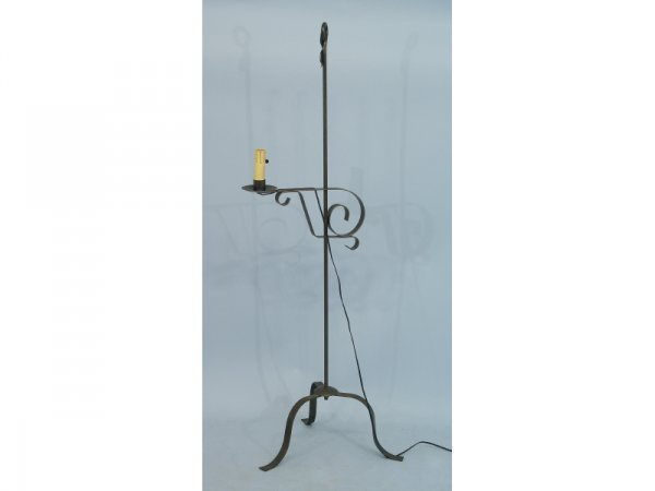 1001: Tall, iron flower lamp with scroll detail with  U