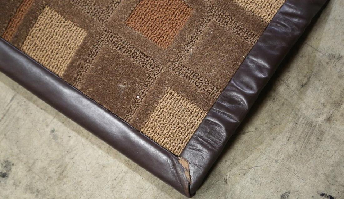 CONTEMPORARY LEATHER BOUND MACHINE WOVEN CHECKERED RUG - 3
