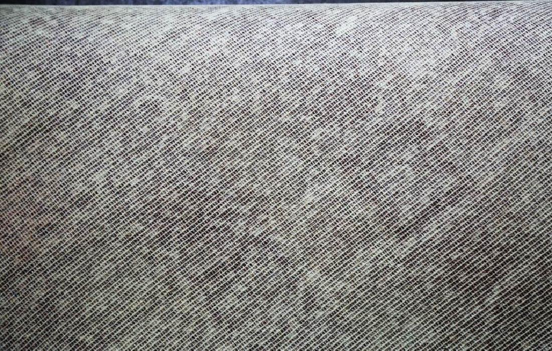 CONTEMPORARY LEATHER BOUND MACHINE WOVEN CHECKERED RUG - 4