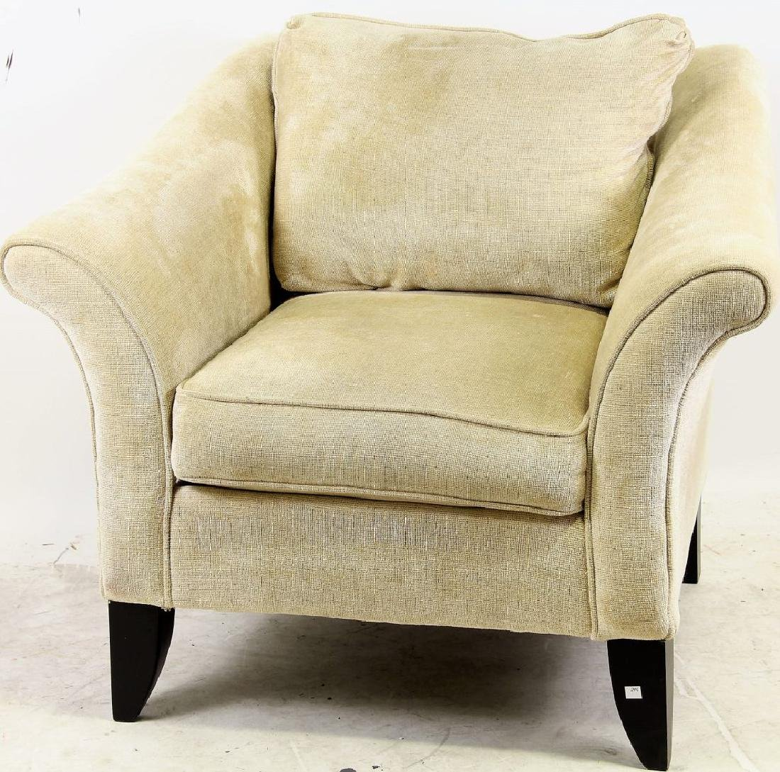 CONTEMPORARY UPHOLSTERED CLUB CHAIR