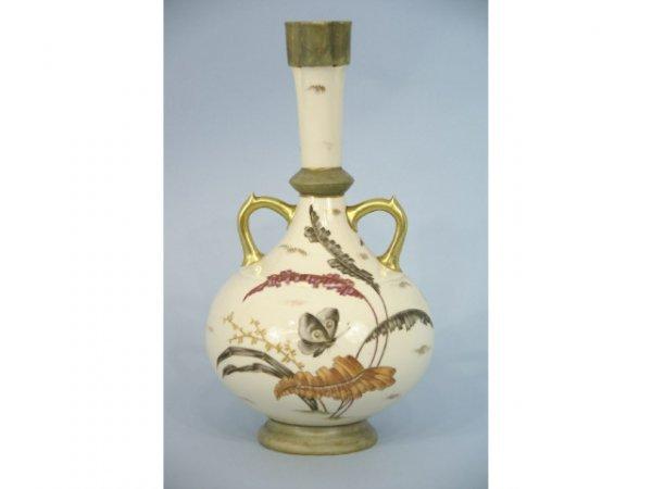 1002: Amphora shaped vase.