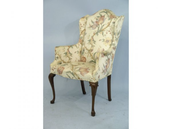 1004: Nice small scale chair with Queen Anne legs.