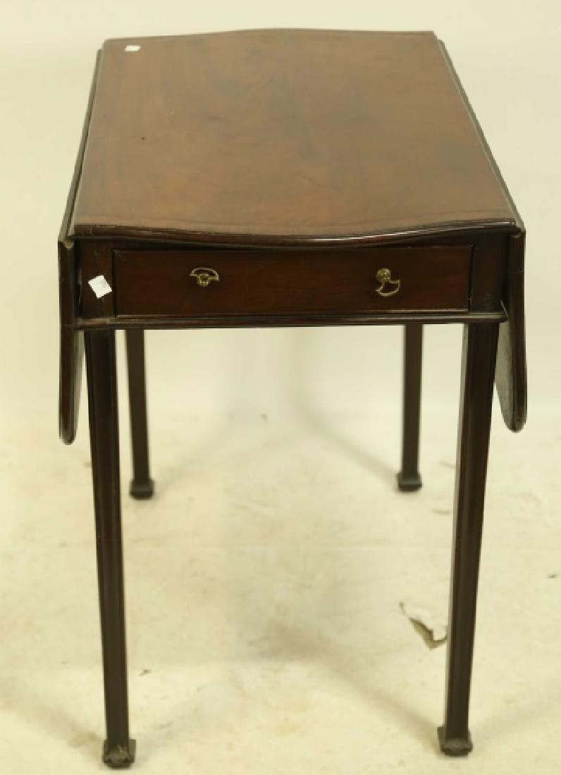 CIRCA 1840's MAHOGANY GEORGIAN PEMBROKE TABLE - 2