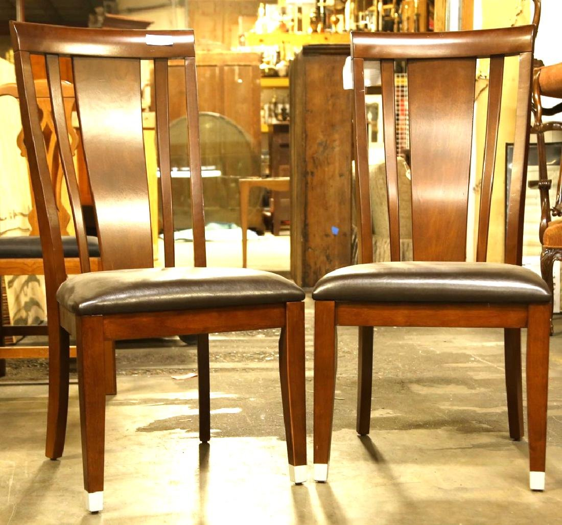 PAIR OF WOOD SIDE CHAIRS