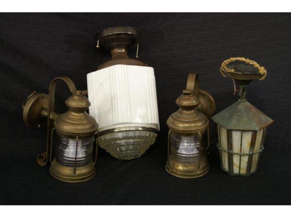 1011: Four lanterns.