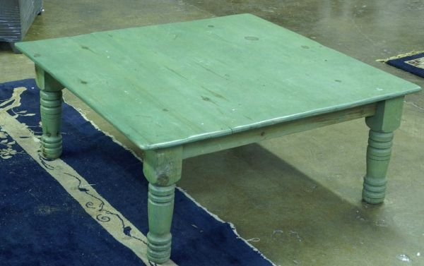 """1009: Coffee table painted green. Size: 42"""" squared x"""