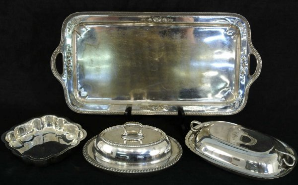 1009: 5 piece silver plate, 1 rectangular tray