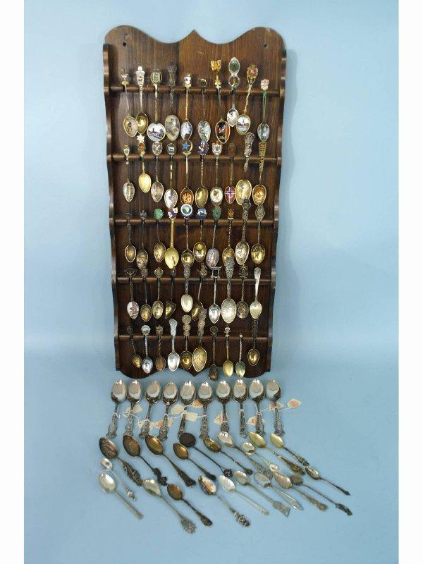 1154: 81 piece assorted souvenir spoons.