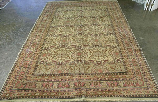 3023: LARGE AGRA DESIGN WOOL RUG FROM INDIA