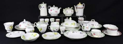 35 PIECE MIXED BOX LOT OF PORCELAIN FROM THE