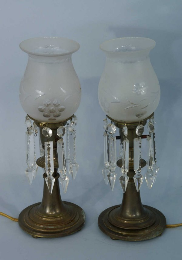 13: PAIR OF BRASS LAMPS WITH FROSTED GLOBES
