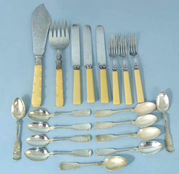 1008: BOX LOT OF ASSORTED STERLING & PLATE FLATWARE
