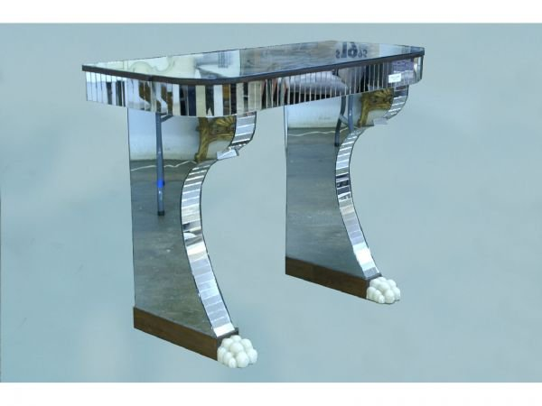 1078: CONSOLE TABLE WITH MIRROR FINISH