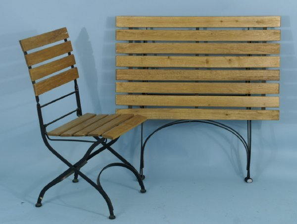 1: METAL AND WOOD GARDEN CHAIR AND TABLE
