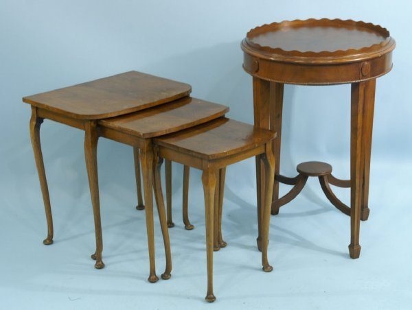 13: THREE PIECE NESTING TABLES AND A ROUND LAMP TABLE