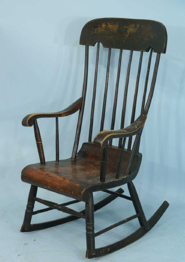 19: ANTIQUE HAND-PAINTED AMERICAN ROCKING CHAIR