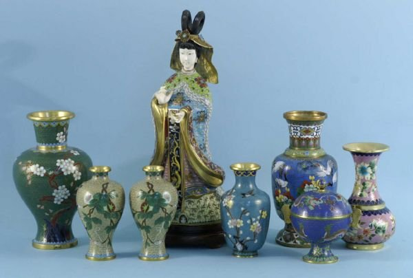 5: BOX LOT OF CLOISONNE VASES AND FIGURINES.