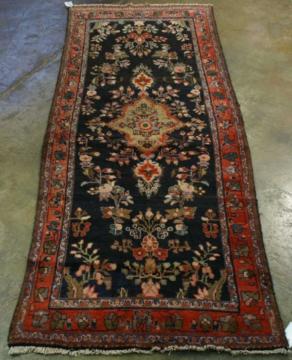 3005: ANTIQUE MALAYER RUNNER FROM IRAN