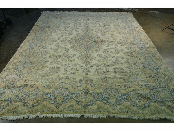 3010: ANTIQUE KERMAN RUG FROM PERSIA