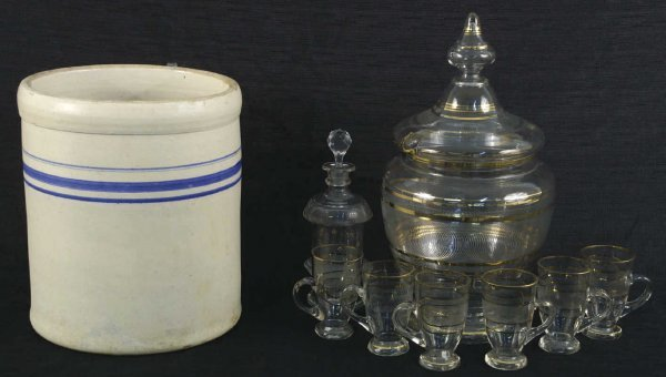 1165: MIXED LOT OF GLASS PUNCH BOWL, GLASSES AND CROCK