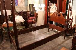 PAIR OF COLONIAL STYLE MAHOGANY TWIN BEDS